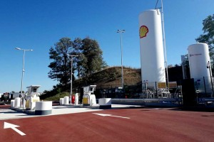 Shell ouvre sa première station GNL en France