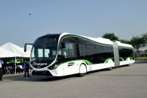 Côte d'Ivoire : Iveco livre ses premiers bus GNV à Abidjan
