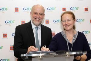 GNV & biom�thane : L�ADEME et GrDF prolongent leur collaboration