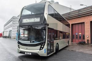 Angleterre - Scania débute les tests de son bus GNV à deux étages
