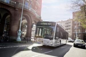 Mercedes va fabriquer ses bus GNV en France