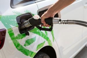 Voiture GNV : comment la Suisse intègre le biométhane dans ses calculs CO2