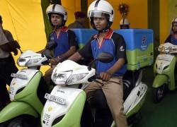 New Delhi expérimente les scooters au gaz naturel