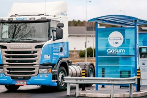 Finlande : un camion au GNL à Turku pour le transport des boues d'épuration