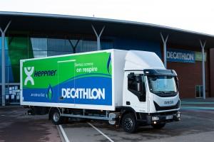 Alsace : un camion au gaz naturel pour la livraison des magasins Decahtlon