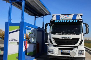 Houtch et Gaz'Up inaugurent la station GNV de Saint-Quentin