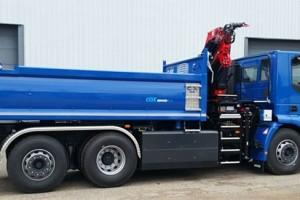Le Groupe Noblet reçoit son premier camion benne-grue GNV