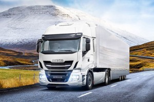 Nouvel Iveco Stralis GNV : l'alternative au diesel pour le transport longue distance