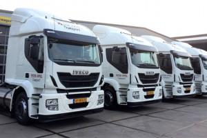 Pays-Bas - Le transporteur Peter Appel re�oit 4 camions GNL Iveco