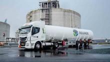 Le premier camion de transport de GNL entre au Port de Rotterdam