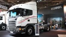 1000 km d'autonomie pour le camion GNL Scania à double réservoir