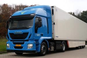Speksnijder Logistics met en service son premier camion GNL