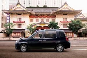 Toyota présente un nouveau taxi GPL pour le marché japonais