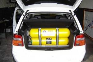 Les premi�res voitures au gaz naturel roulent au Cameroun