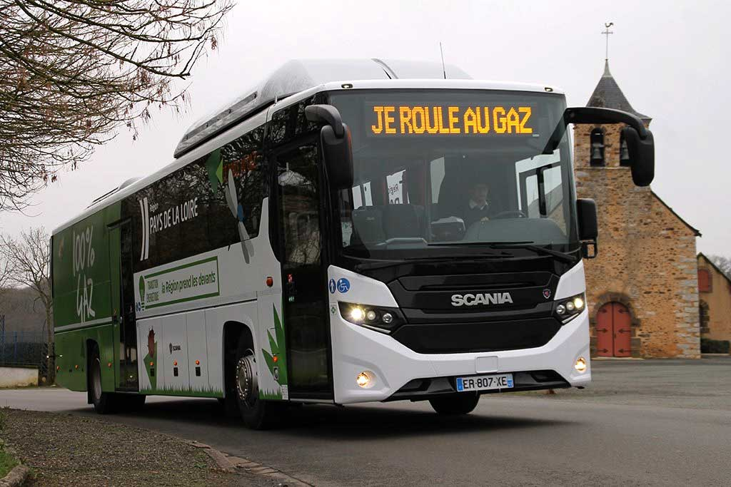 Pays de la Loire : la région teste un autocar GNV en Sarthe