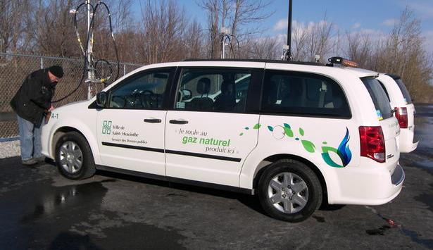 Québec – La flotte municipale de Saint-Hyacinthe carbure au biogaz