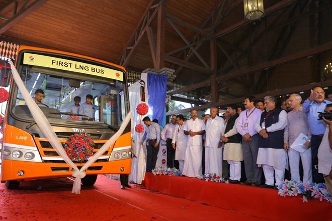Tata Motors lance un premier bus GNL en Inde