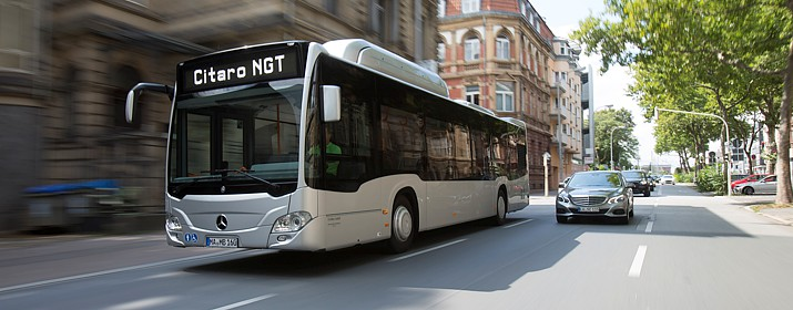 Le Grand Poitiers commande 10 bus au gaz naturel à Mercedes