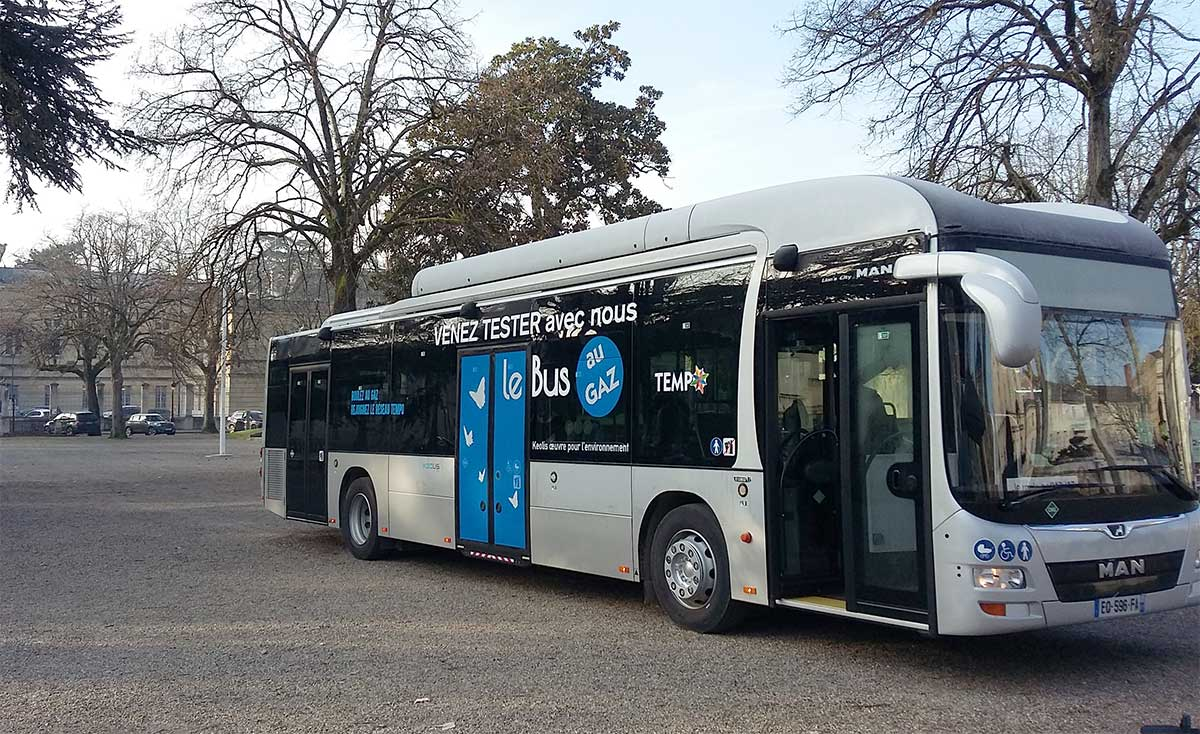 Agen : un bus au gaz naturel en démonstration sur le réseau Tempo