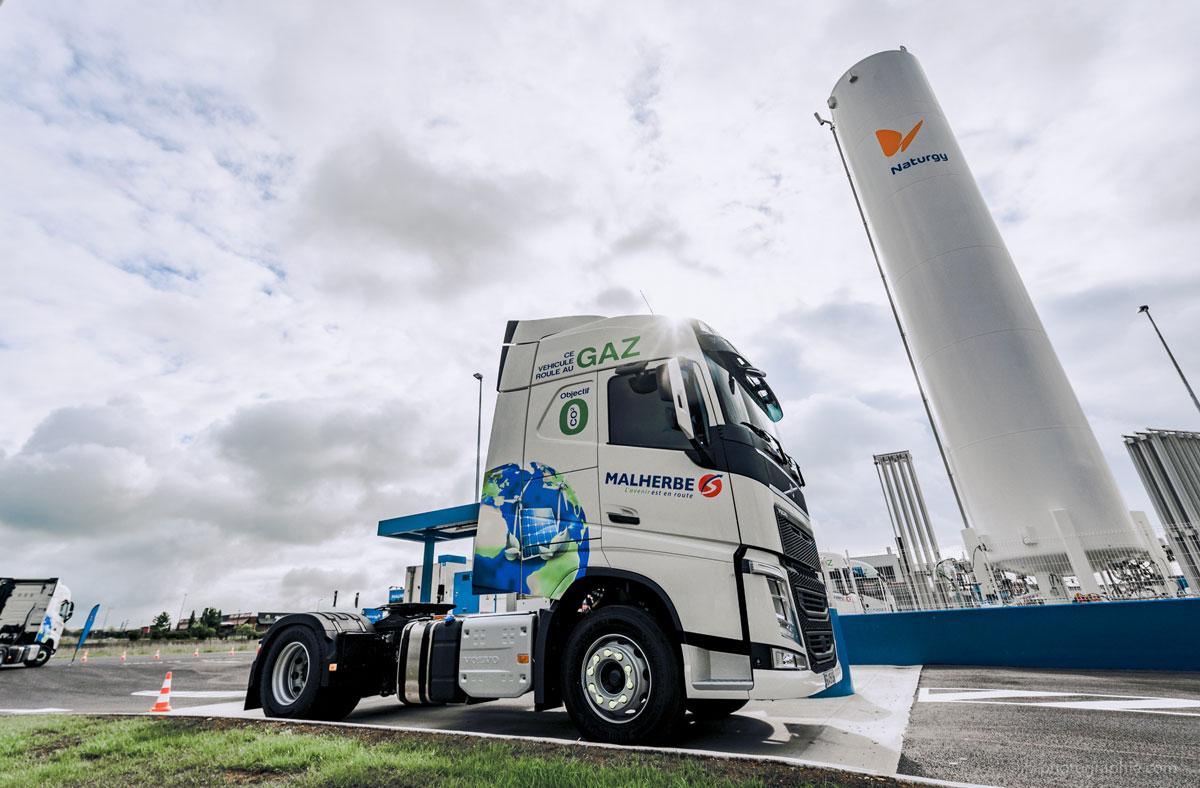 Camions au gaz plus polluants que le diesel : réalité ou fake news ?