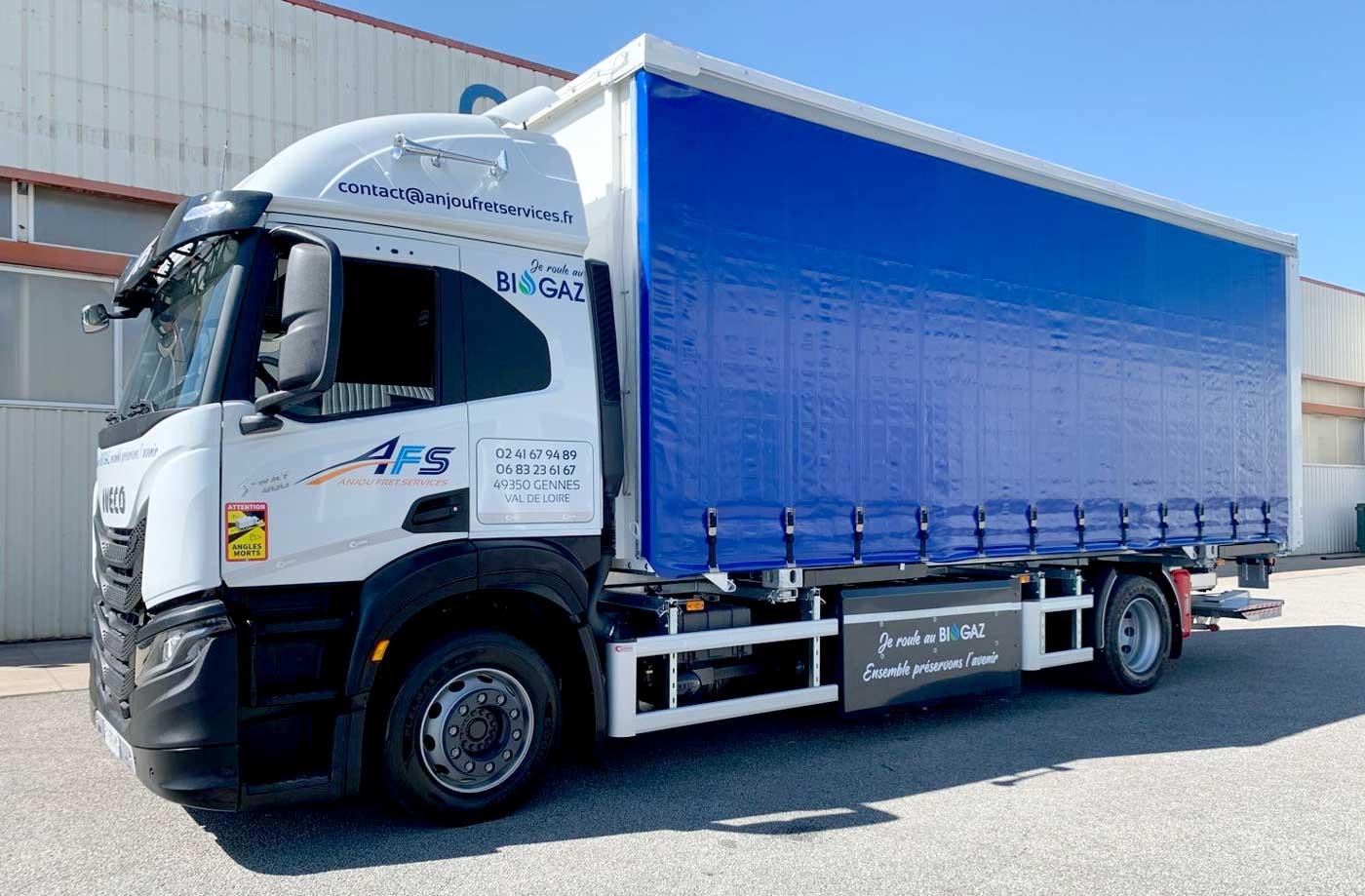 Un premier camion bioGNV longue distance pour Anjou Fret Services