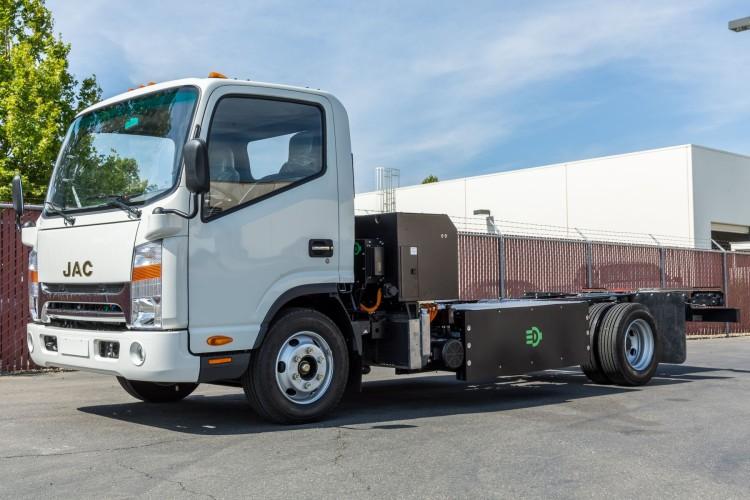 Camion hybride gaz naturel �lectrique : un prototype pr�sent� par Efficient Drivetrains