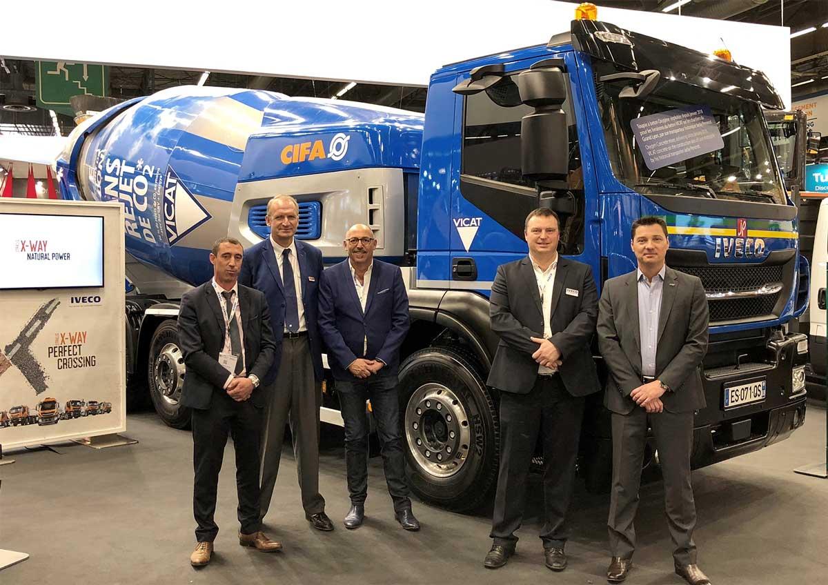 Six camions malaxeurs au gaz naturel pour Jacky Perrenot