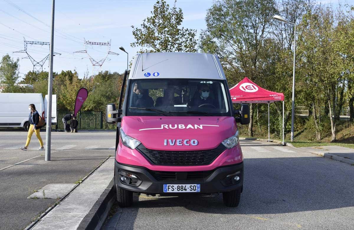 Isère : deux minibus au gaz naturel pour la CAPI