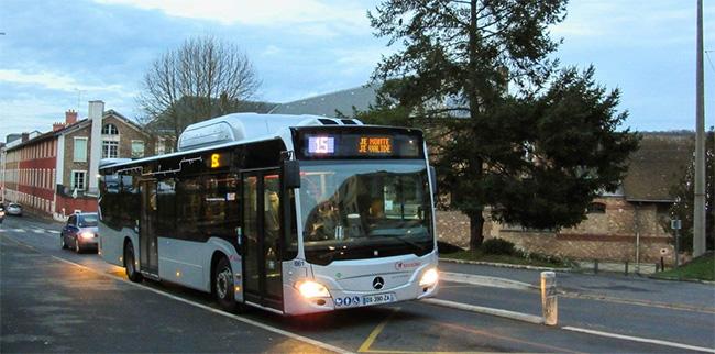 8 bus GNV Mercedes Citaro NGT pour les Cars d'Orsay