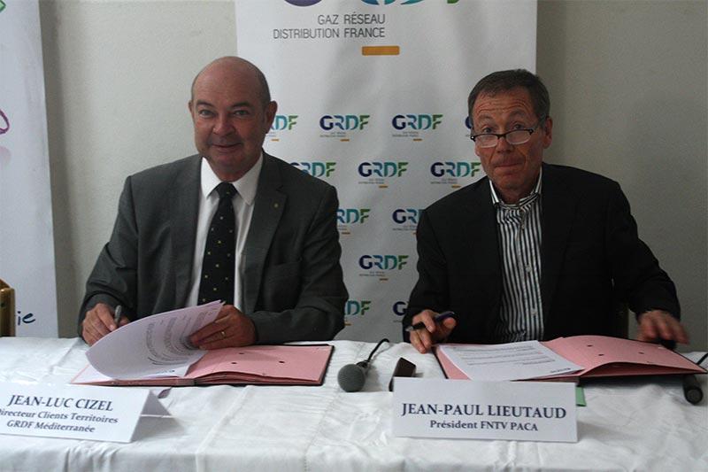 La FNTV PACA et GRDF partenaires pour développer les bus au gaz naturel