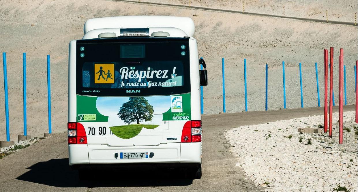 Expérimentations d'autocars GNV en PACA : des premiers résultats convaincants
