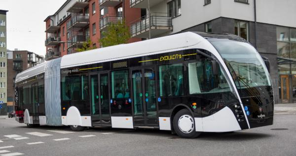 Scania s�associe � Van Hool pour pr�senter le bus Exqui.city au gaz naturel