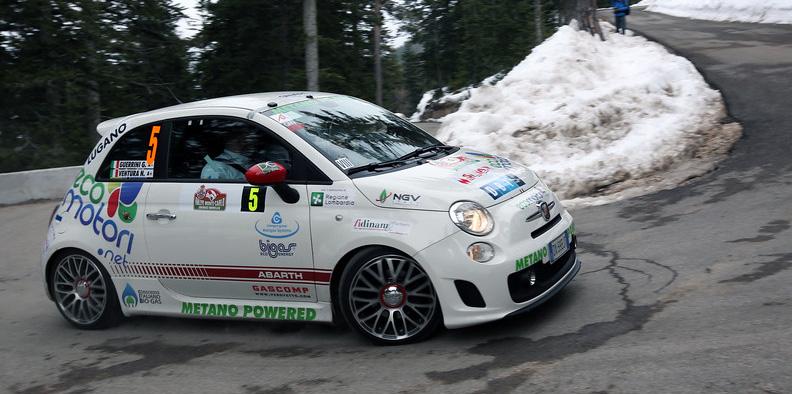 Rallye de Monte-Carlo - Une Fiat 500 Abarth GNV E85 en tête du classement régularité