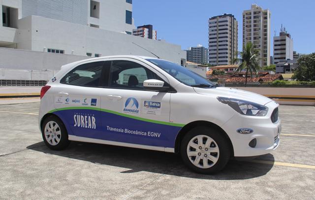 Un v�hicule �thanol GNV en tourn�e en Am�rique du Sud