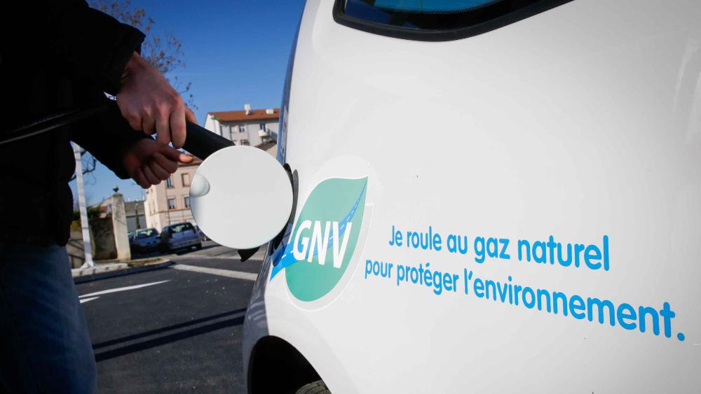 Le Cerema et GRDF s'associent pour accompagner le développement du GNV