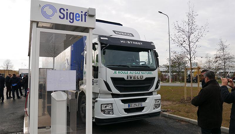 Le Sigeif inaugure la plus grande station GNV de France à Bonneuil-sur-Marne
