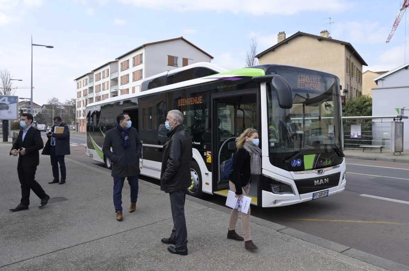 Rhône : un premier bus bioGNV pour le réseau Libellule