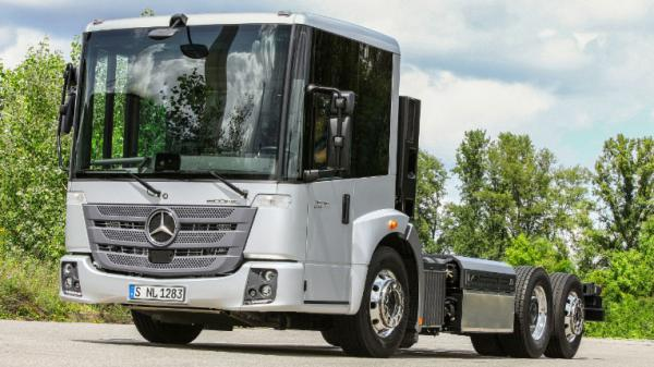 Mercedes – L'Econic GNV Euro 6 sera lanc� d�but 2015