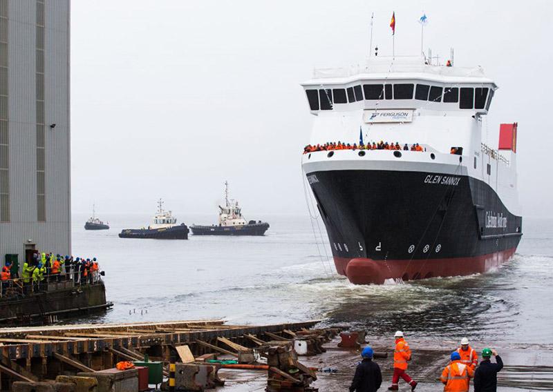 La Grande-Bretagne lance son premier ferry GNL