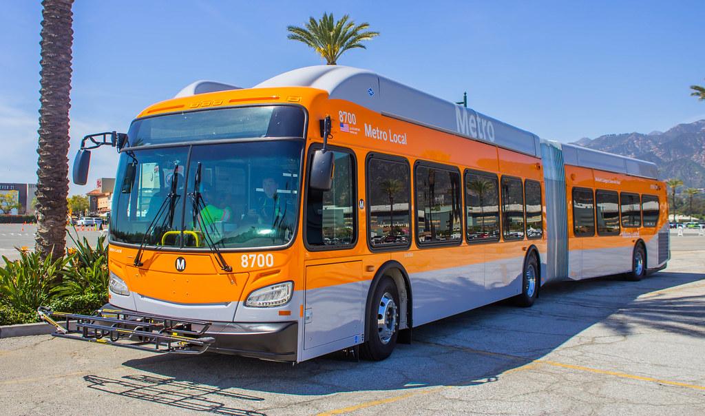 70 nouveaux bus articulés au gaz naturel pour Los Angeles