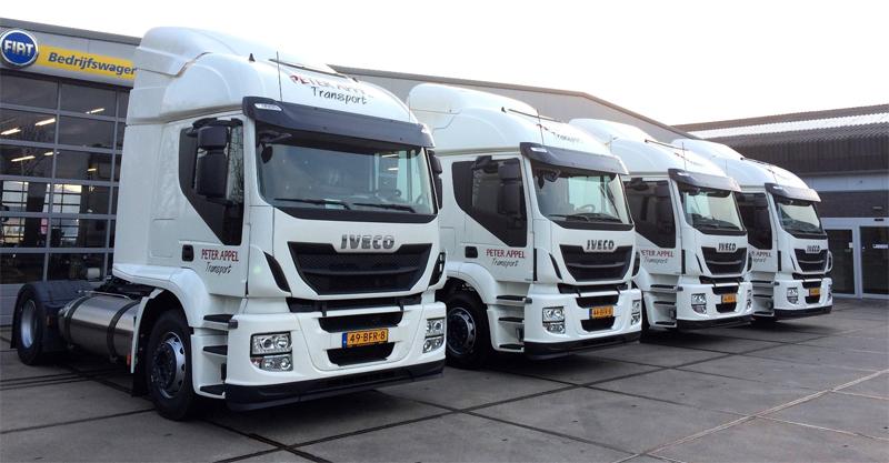 Pays-Bas - Le transporteur Peter Appel reçoit 4 camions GNL Iveco