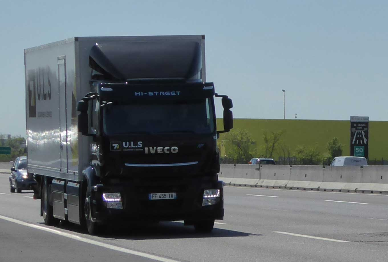 Ce camion au gaz naturel comprimé (GNC) réalise un record d'autonomie