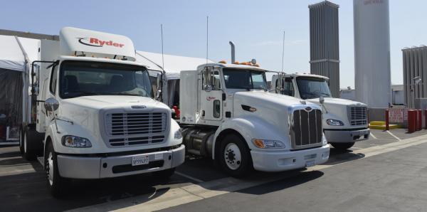 Canada – Ryder va livrer 100 camions au gaz naturel � C.A.T