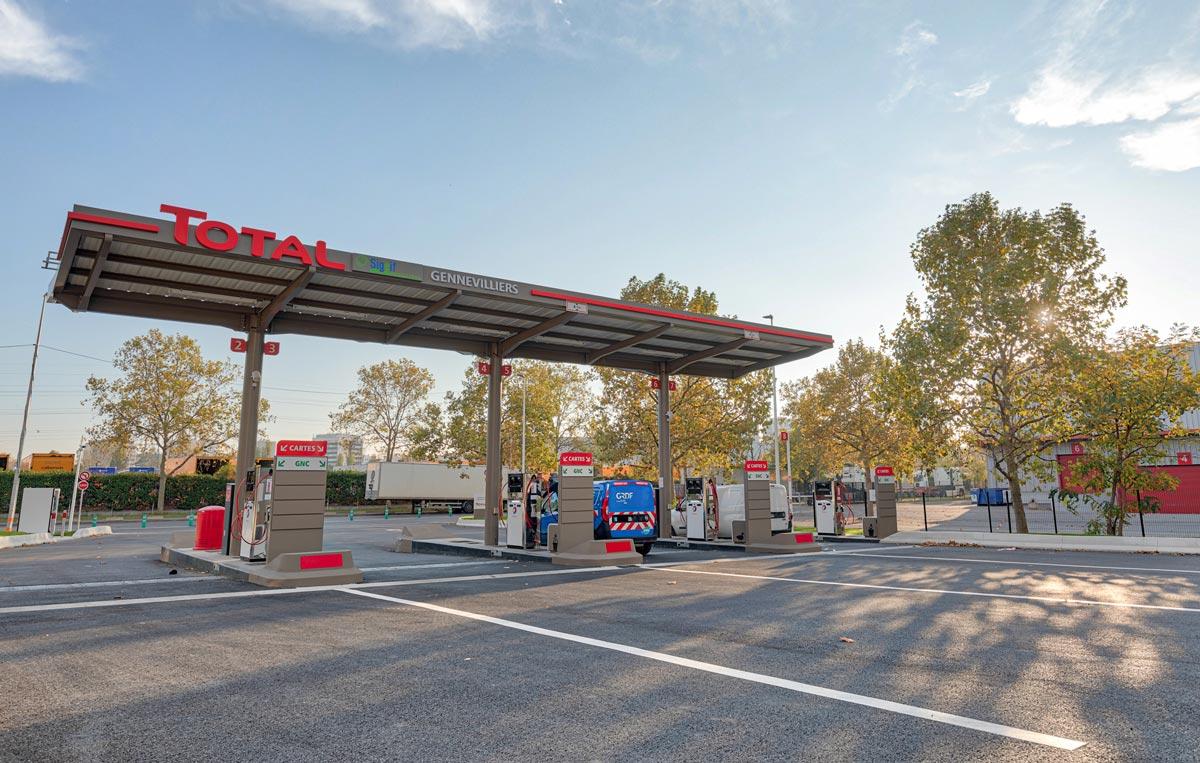 Total et Sigeif Mobilités inaugurent la station GNV de Gennevilliers
