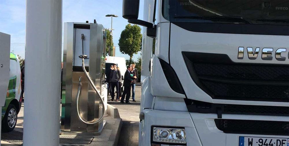 La premi�re station GNL d�Ile-de-France ouvre ses portes � Rungis