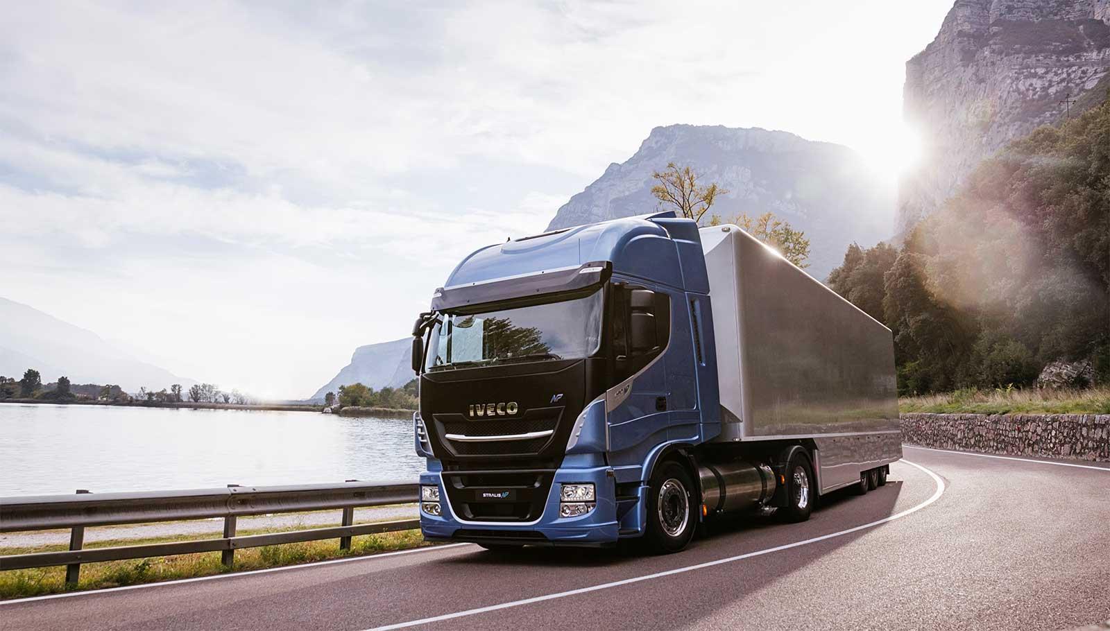 Le Stralis au GNV d'Iveco élu camion à faibles émissions de l'année