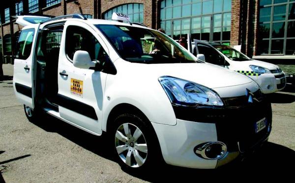 Milan � Une flotte de taxis GPL accessible aux personnes � mobilit� r�duite