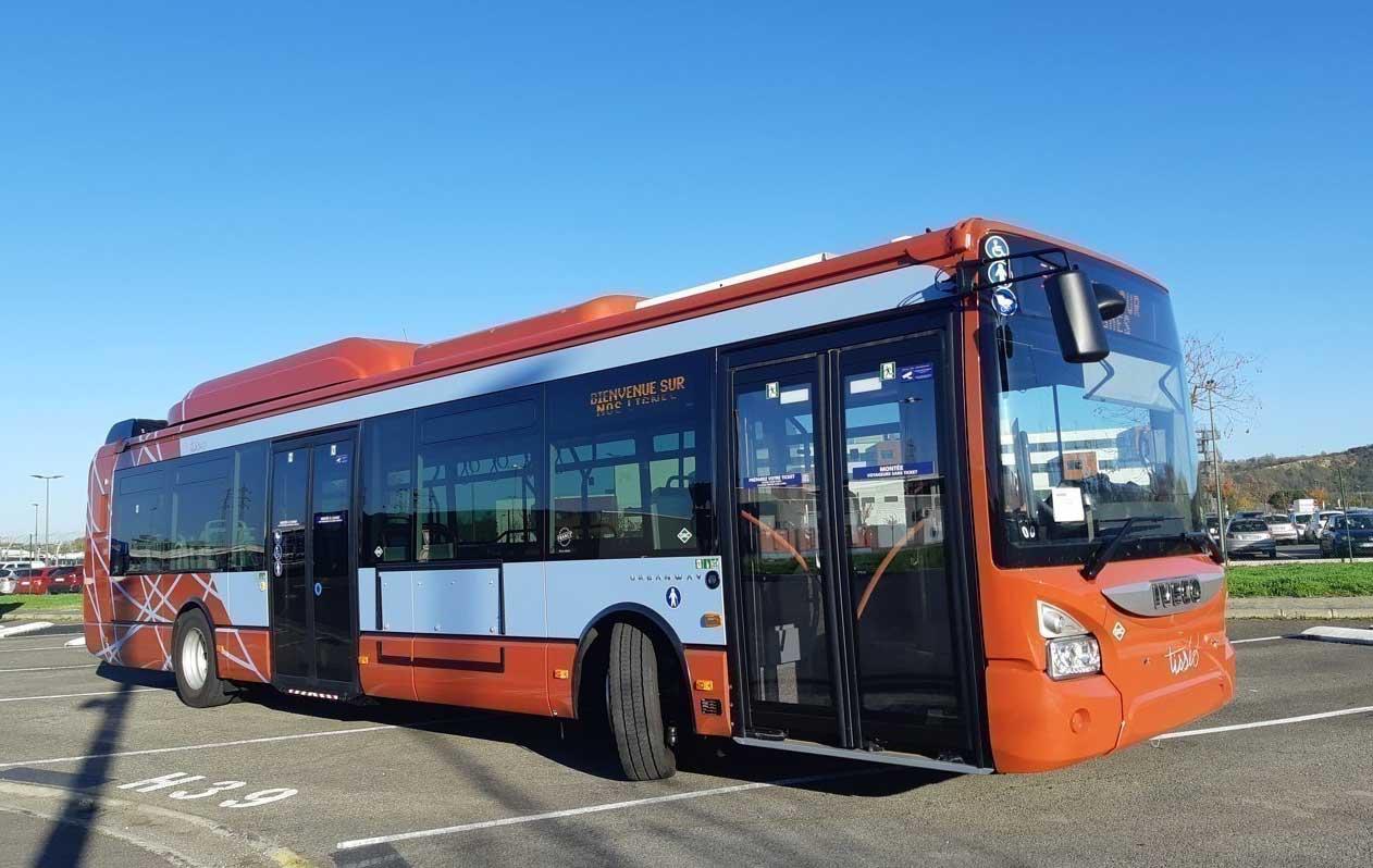 A Toulouse, Tisséo dévoile les nouvelles couleurs de ses bus au gaz