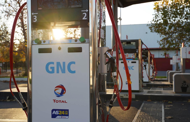 TotalEnergies s'associe à Siemens pour la supervision de ses stations GNV