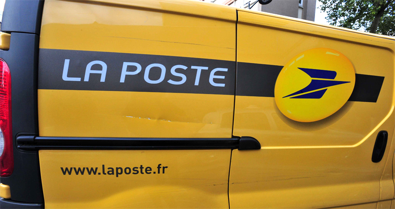 la poste testera une dizaine d utilitaires gnv en ile de france en 2015. Black Bedroom Furniture Sets. Home Design Ideas